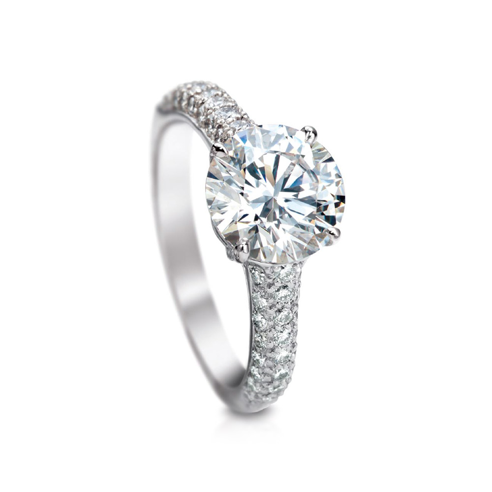 CLASSIC ROUND DIAMOND SOLITAIRE RING, WITH MICRO-SET DIAMOND PAVE CRAFTED IN PLATINUM, 2.27 CTW