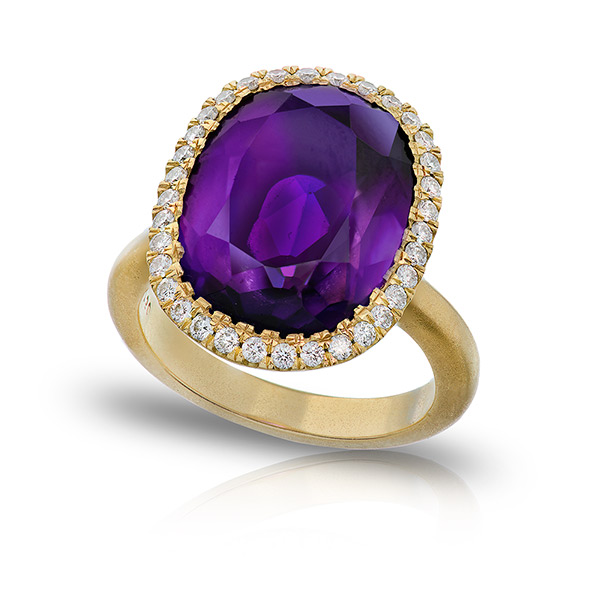 AMETHYST STAR RING WITH NEAR COLORLESS DIAMONDS CRAFTED IN 18K YELLOW GOLD WITH BRUSHED FINISH, 6.45 CTW