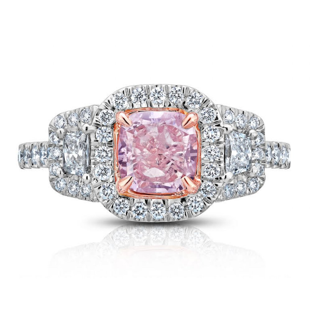 FANCY PURPLEISH PINK CUSHION CUT DIAMOND WITH TRAPAZOID SIDE DIAMONDS CRAFTED IN PLATINUM & 18K ROSE GOLD, 2.05 CTW