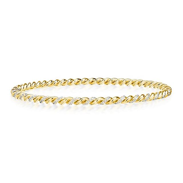 A golden twist!  #srwnyc #leoncohen #makeitexquisite #theartofengagement  #freshoffthebench #withatwist . . . #diamonds #finejewelry #highjewelry #handcrafted #18k #lovegold #lovegoldlive #showyourcouture #couturedailydose #jotd #jewelsofinstagram #futureheirlooms #jewelrylovers #jewelryaddicts  #stackingbracelet  #stacksarethenewblack #armparty #armcandy #bracelet #wedding #anniversary #milestones #timelessstyle #plottwist