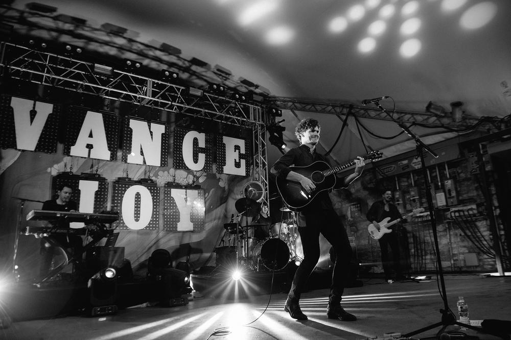 vance-joy-stubbs-austin-concert-photographer-4.jpg