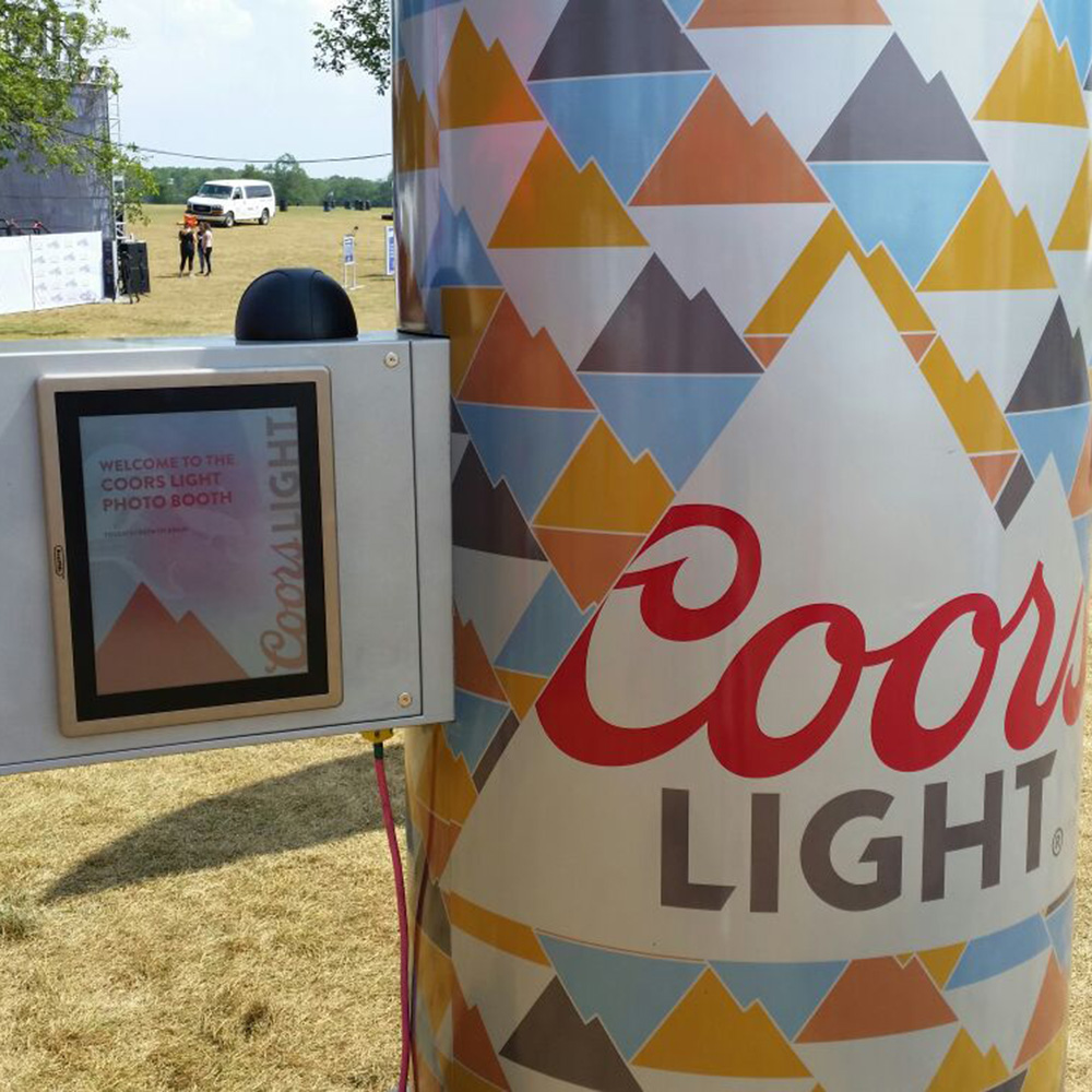 Coors Light Aerial Photo Can<strong>Molson Coors</strong>