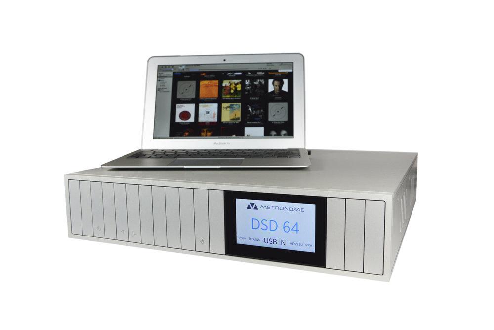 DSC1 front computer dsd.jpg