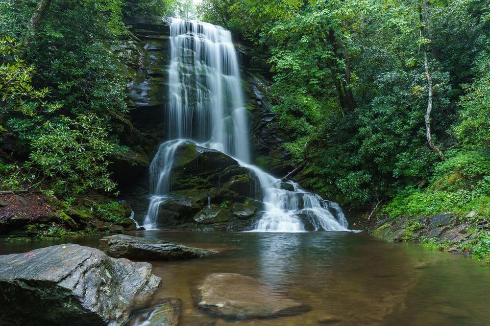 September 9: Lower Catawba Falls (moderate)/ Upper Catawba Falls (hard)