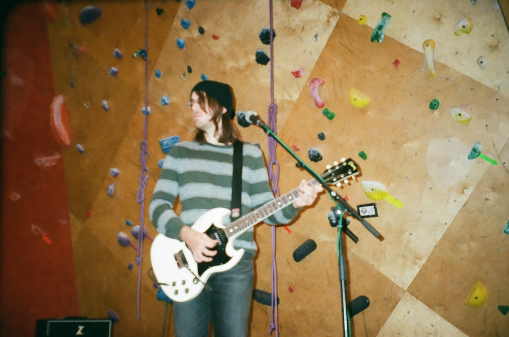 cloud-nothings-audiotree-farout-14.jpg
