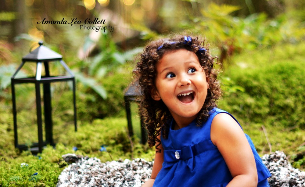 This kid just makes me laugh when I think about this shoot. She was just so excited and so adorable!