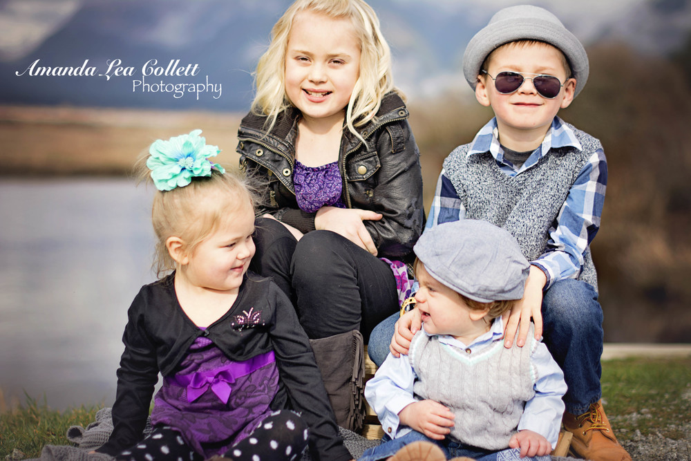 These four showed up in the most adorable outfits and I loved it! How cute are all of they? I mean really...