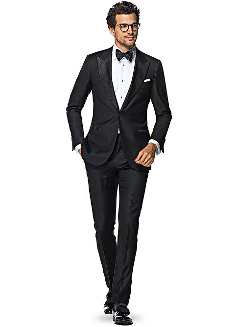 THE GENTLEMAN'S GUIDE: SUITS — Love Blooms