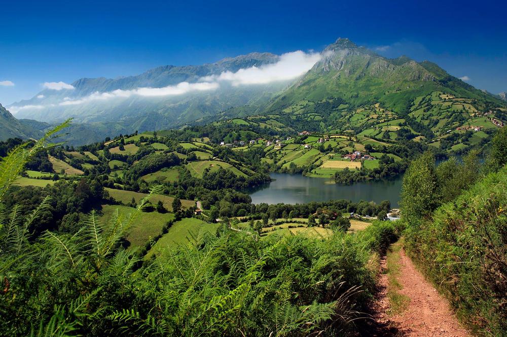 paisaje-asturias.png