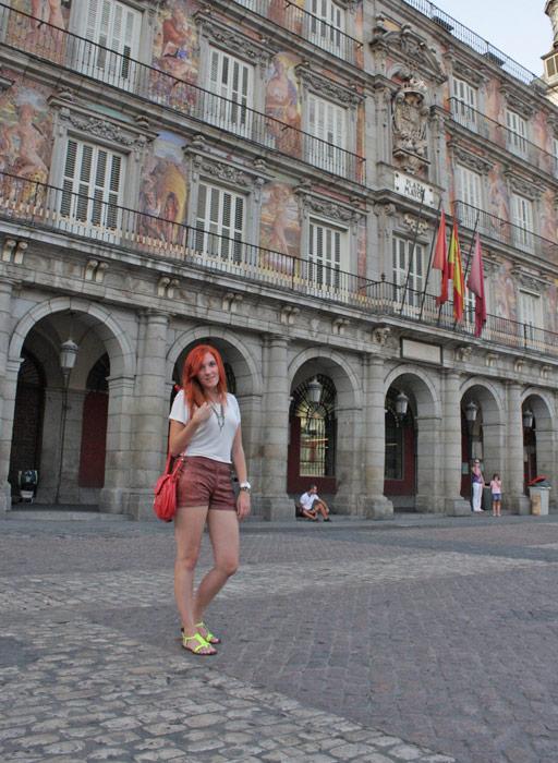 Cupid-has-got-a-gun_impressions_summerize_Mmm-Madrid-Mercado-San-Miguel_outfit-plaza-mayor.jpg