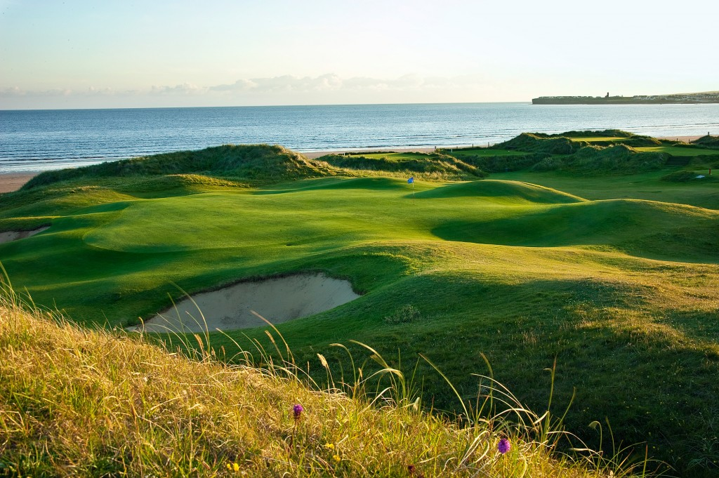 """Résultat de recherche d'images pour """"lahinch golf club photos"""""""