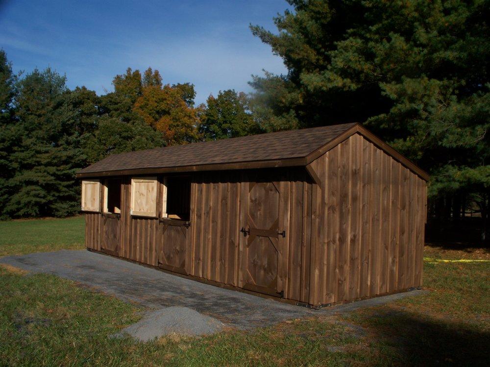 livestock amish barn