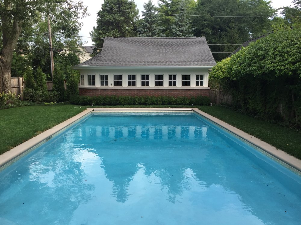 Wilmette pool and garage