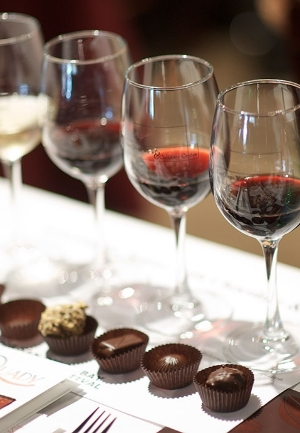 wine_and_chocolate_pairing-web.jpg