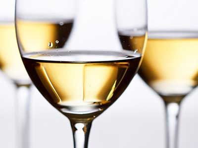 white-wine-glasses-web.jpg