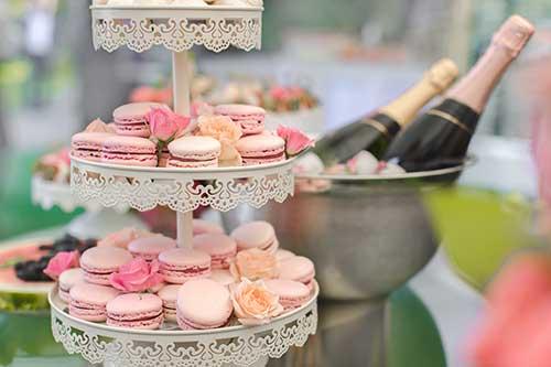 dessert-bar-with-champagne-1-web.jpg