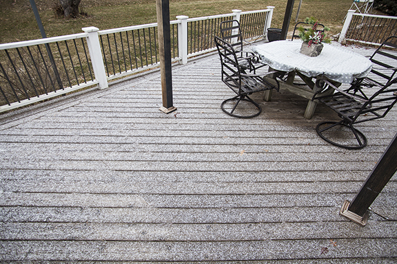 Graupel_on_Deck_2018_4x6_96dpi_12_04_1938.jpg