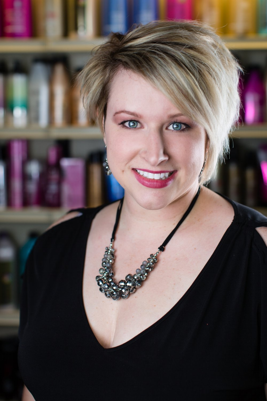 Amanda Theriot Salon Dexterity 76132