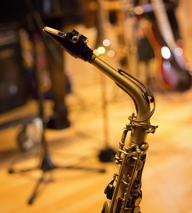 """""""I've learned that people will forget what you said, people will forget what you did, but people will never forget how you made them feel."""" — Maya Angelou 🎶 * * * * * * * #sax #saxophone #saxophoneplayer #saxplayer #instasax #jazzsax #jazzsaxophone #jazzsaxophonist #saxophonist #instajazz #jazz #jazzband #jazzensemble #jazzmusician #jazzmusicians #jazzlover #jazzlovers #concertphotography #concertphotographer #musica_in #musicmajor #musicstudent #musicstudents #jj_musicmember #musica_in #igw_rock #ig_rock_details #musicphotography #musicphotographer #pdxmusic #pdxmusicscene"""