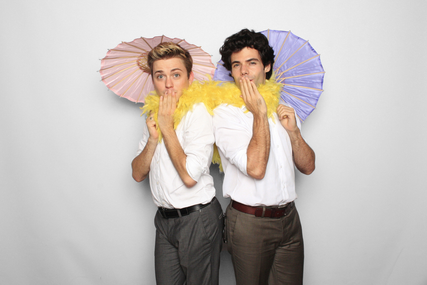 New York Photo Booth Wedding Umbrellas Boa