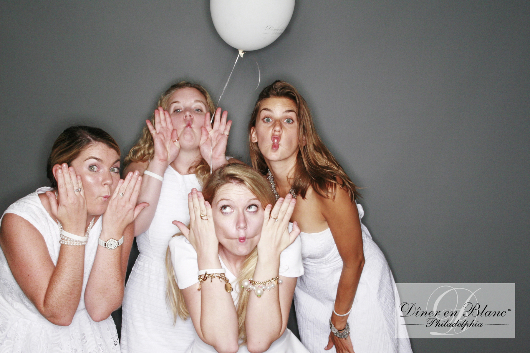 Philadelphia photo booth Diner en Blanc fish face