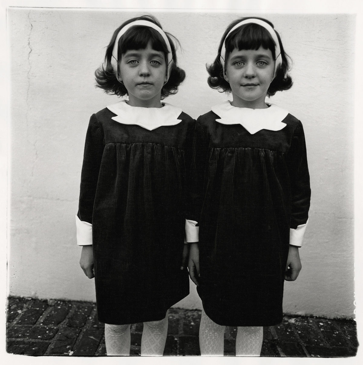 Diane Arbus twins photography