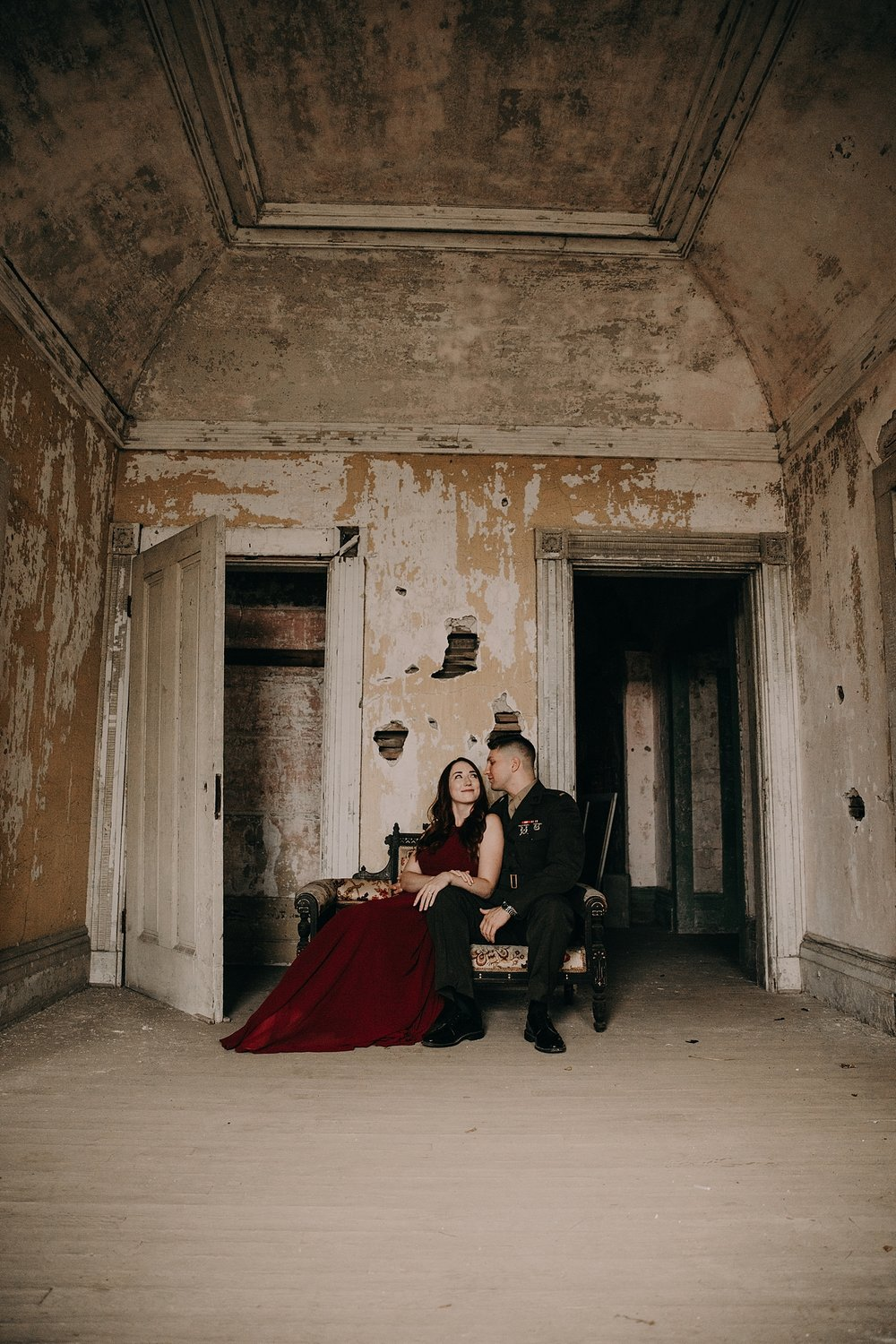 Chuck_Kristin_Fort_Adams_Engagement_Session_002.jpeg