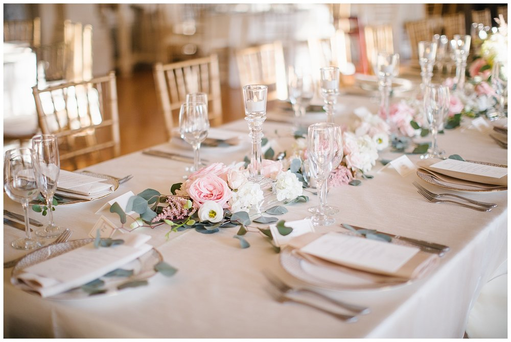 Stephen_Nathalie_Rosecliff_Mansion_Wedding_016.jpeg