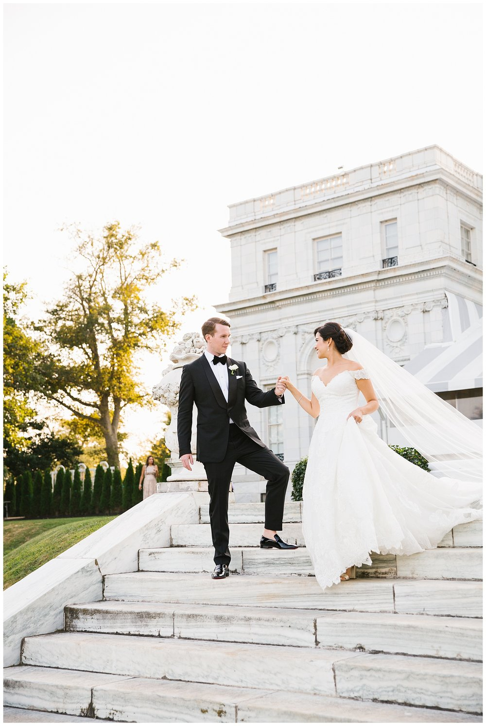 Stephen_Nathalie_Rosecliff_Mansion_Wedding_020.jpeg