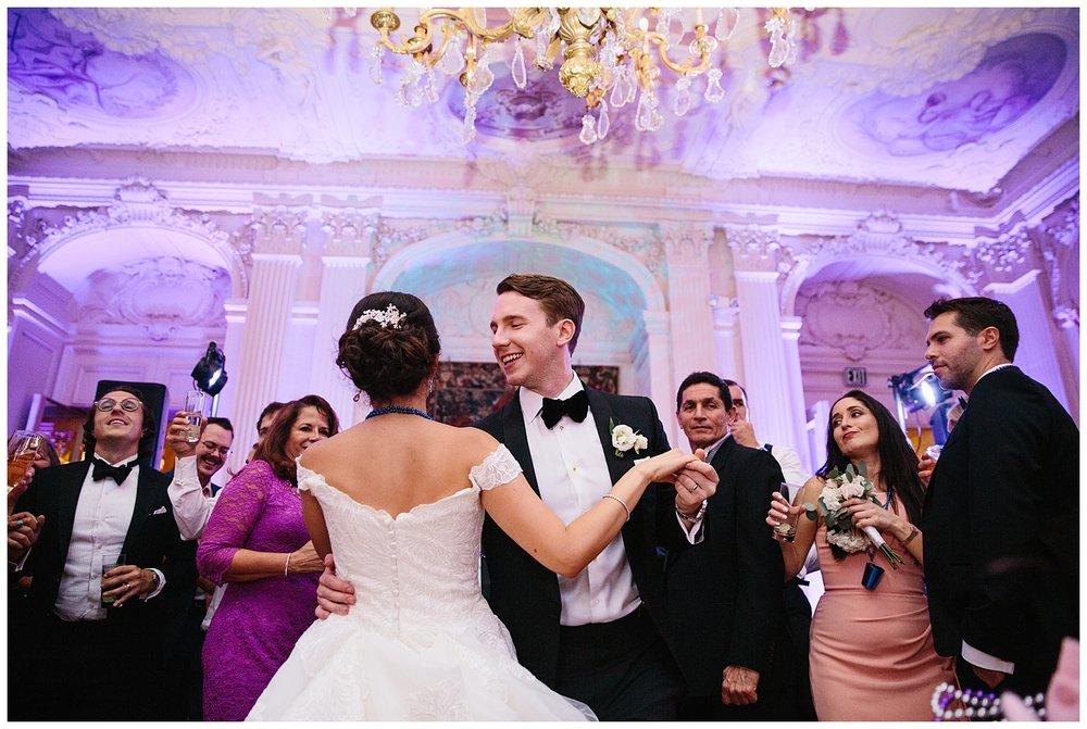 Stephen_Nathalie_Rosecliff_Mansion_Wedding_029.jpeg