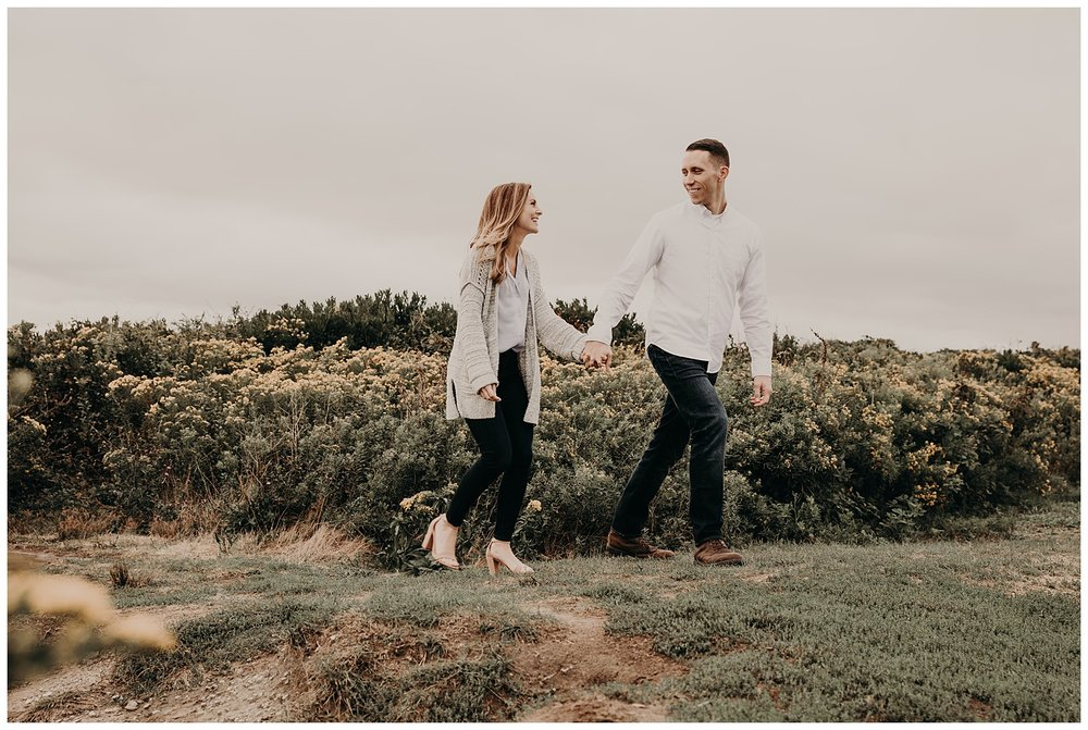 Dan_Sunni_Beavertail_Point_Engagement_Session_002.jpeg
