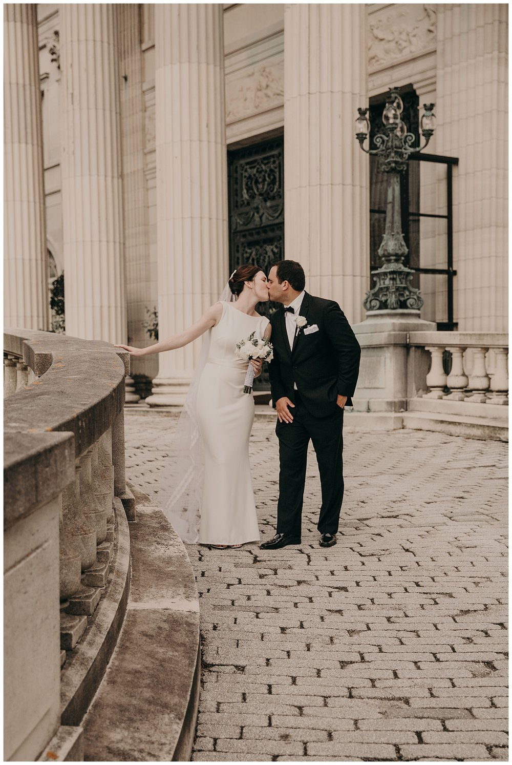 Mike_Kelly_Hotel_Viking_Newport_Rhode_Island_Wedding_020.jpeg