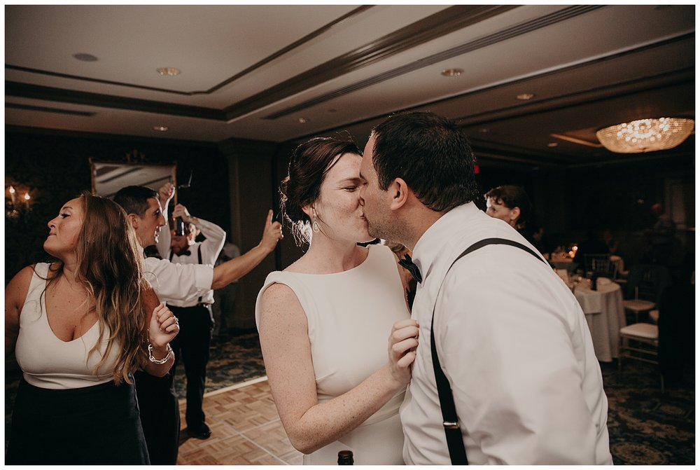Mike_Kelly_Hotel_Viking_Newport_Rhode_Island_Wedding_031.jpeg