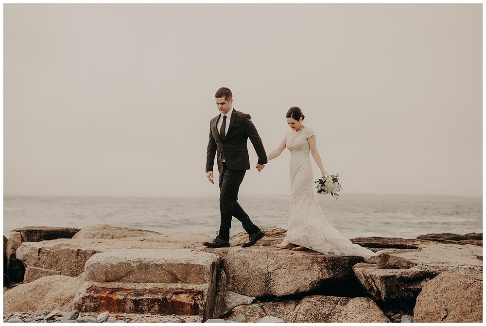 chris-christina-fort-adams-rain-elopement-newport-rhode-island08.jpg