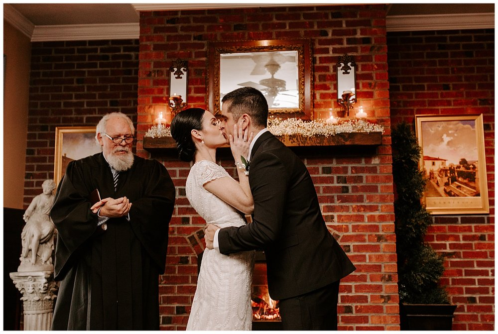 chris-christina-fort-adams-rain-elopement-newport-rhode-island32.jpg