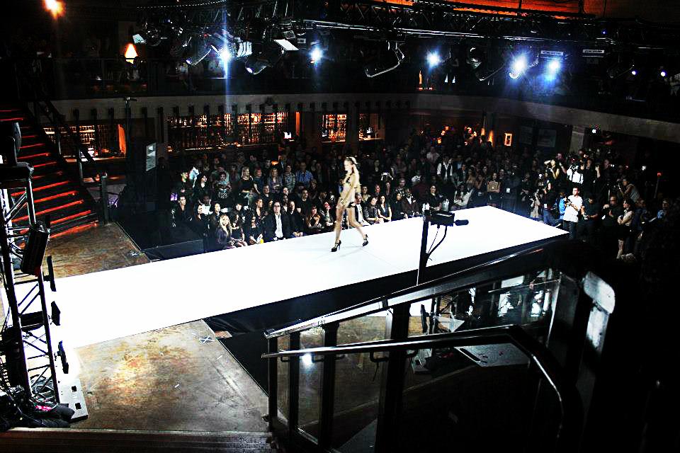 backstage12.jpg