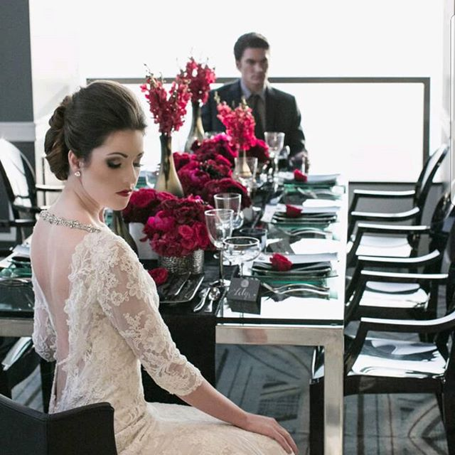 Throw Back Thursday to this stunner of a shoot @cityclublaevents. Coordination-@trinaschmidt  Floral-#rebellefleurseventdesign  Photography-@kristinaleephotography  Desert Styling - @thesugarphilosophers  HMUA-@just_ask_dana . . . . . #florist #flowers #floraldesigner #bridetobe #bouquet #weddingflorist #losangeleswedding #losangelesflorist #wedding #weddibgflowers #dsfloral #laflorist #weddinginspiration #weddinggoals #flowerstagram #bridebouquet #lawedding #tbt