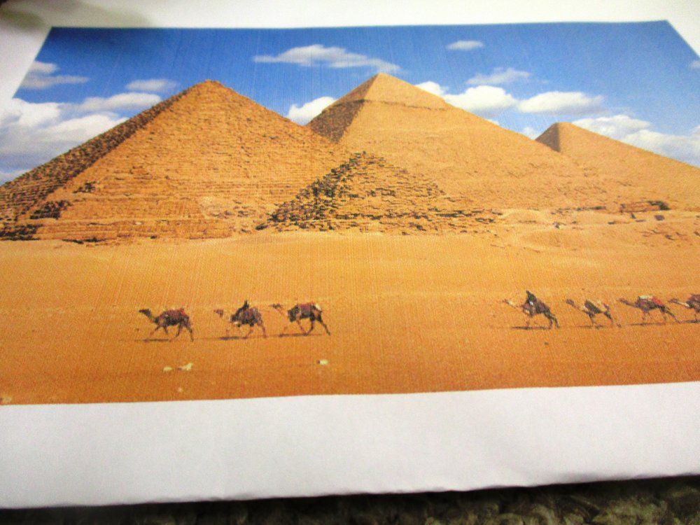 The Great Pyramids of Giza... Aren't they amazing?