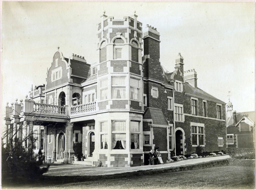 The Lost Houses of Cardiff
