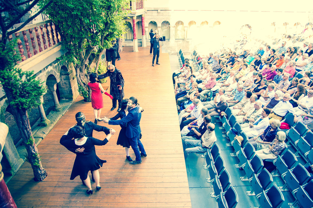 "Kreuzgangspiele Feuchtwangen ""Romeo und Julia"" (Foto: Nicole Brühl)"