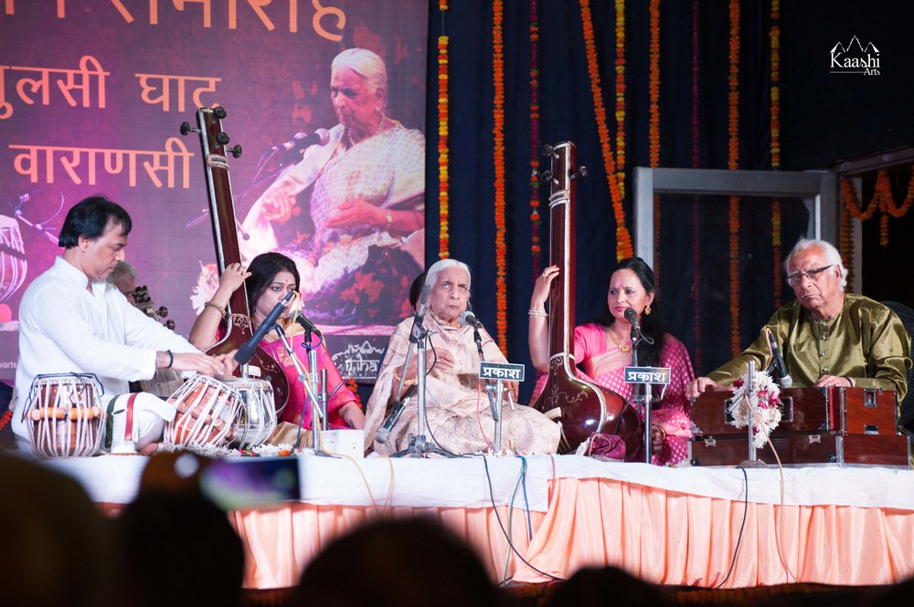 An evening on the sacred River Ganges | Smt. Girija Devi ji & Pandit Sanju Sahai ji with Pandit Dharamnath Mishra ji | Varanasi April 2017