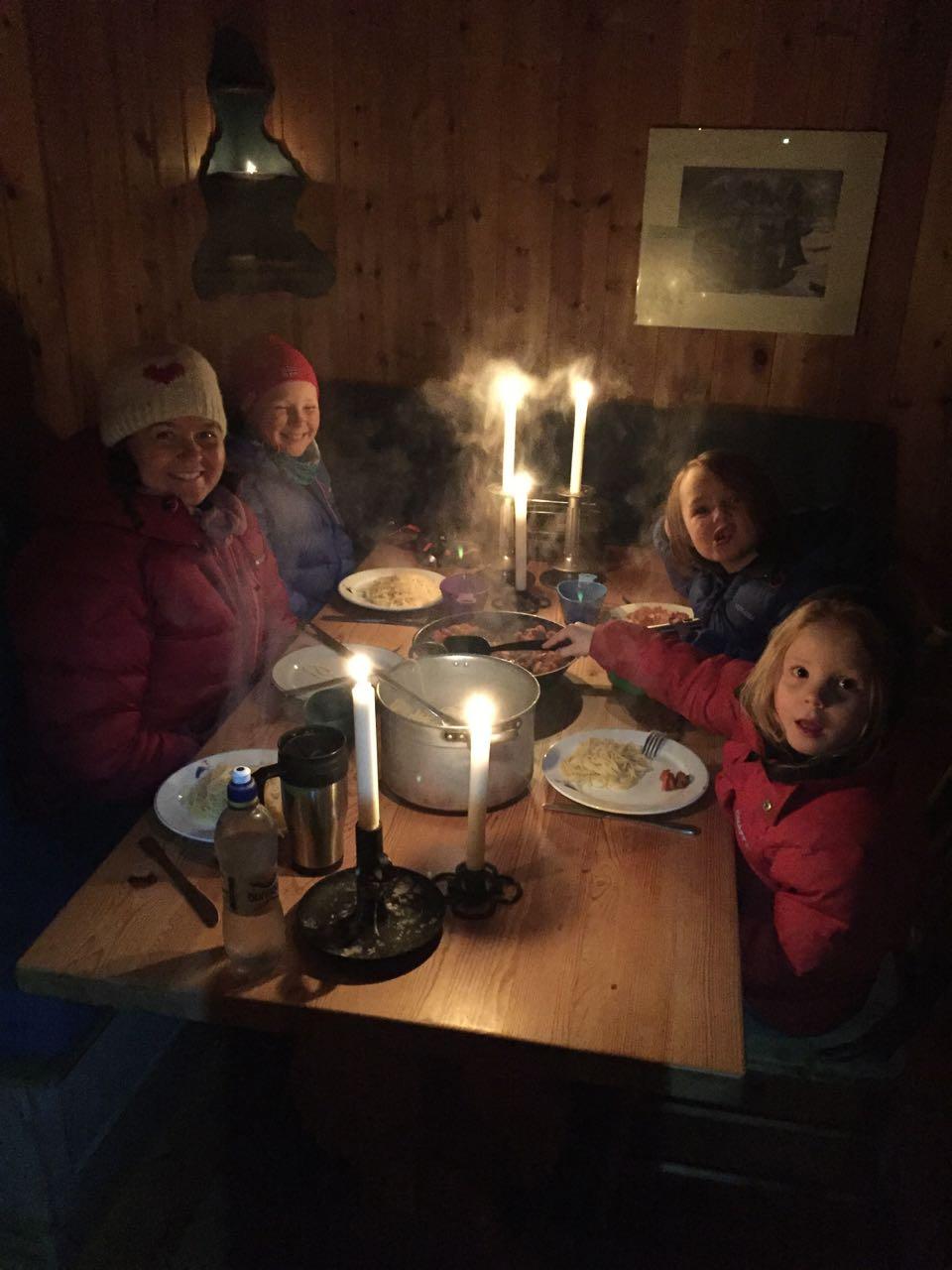 Vi spiser spaghetti på Storhøiliseter