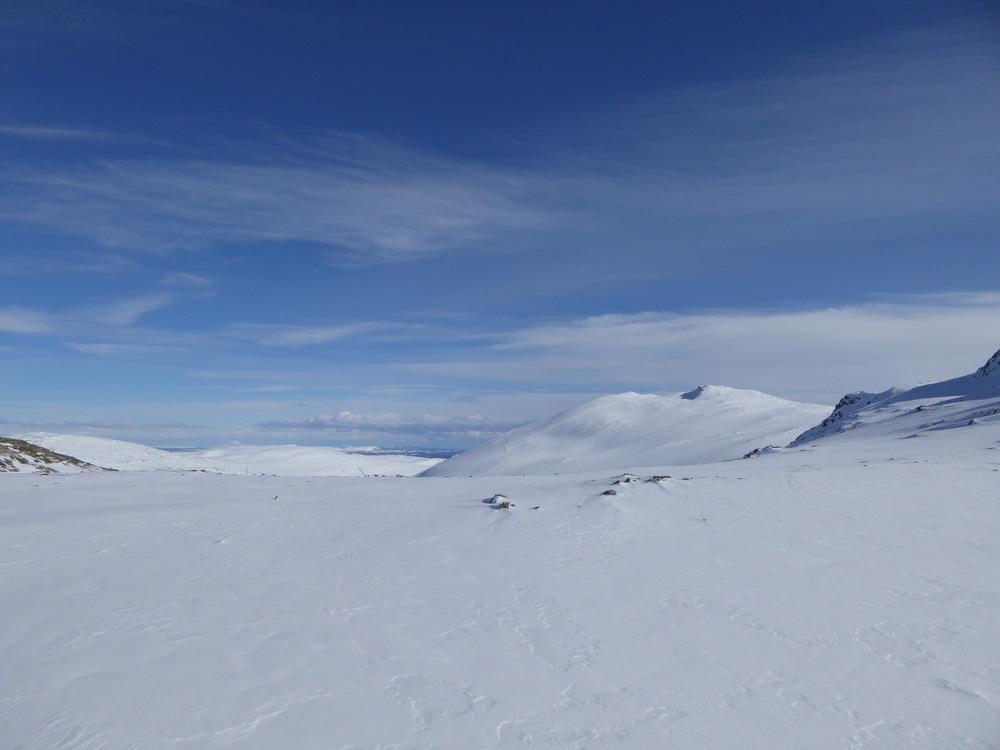 Utsikt fra skaret mot Ruten og Hestådalen