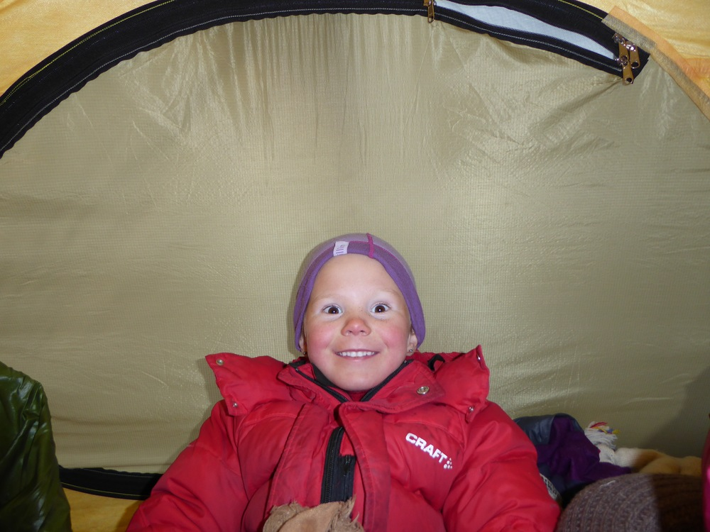 Liv har kommet i varmen igjen, og bare digger teltlivet!