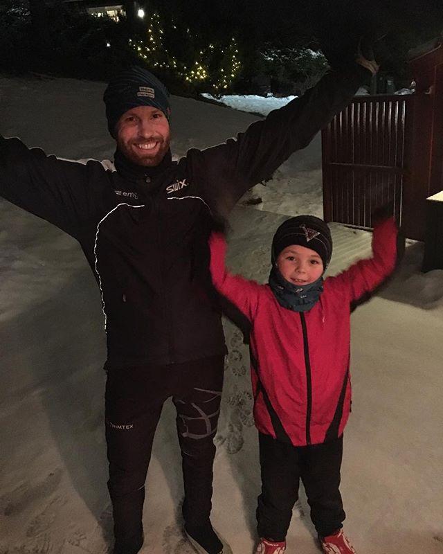 Januarturen - rask skitur med Ask: check! Henriksåsen - helt hjæm på en halvtime! #ekspedisjon_utetid #liveterbestute