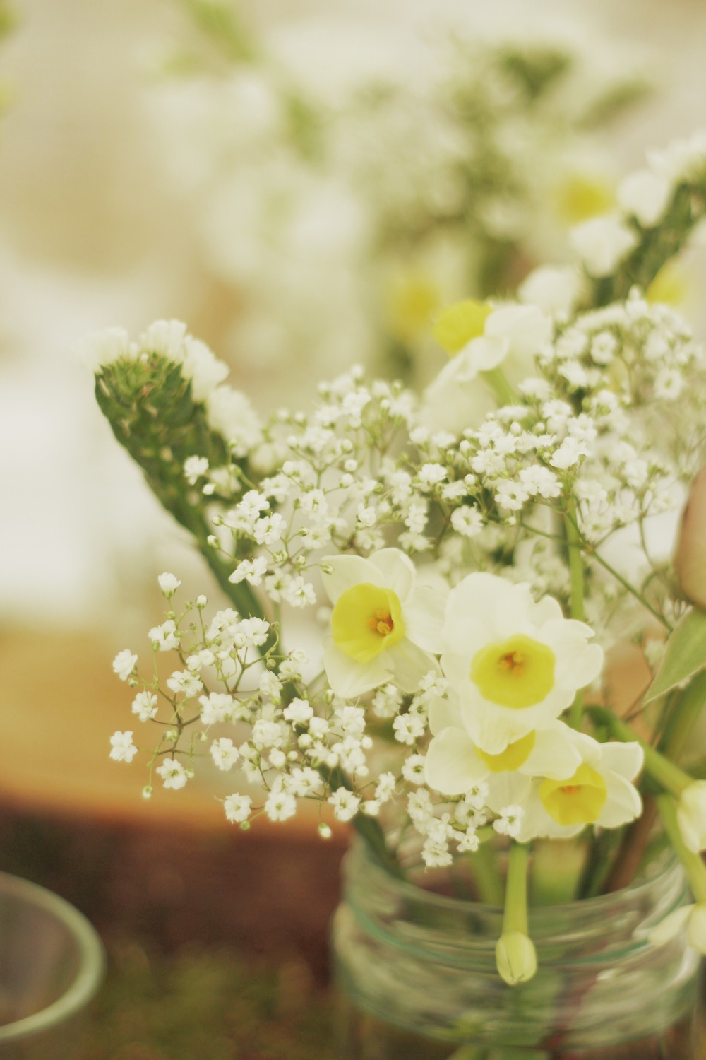 jam jar flowers by Jennifer Pinder with narcissi and gypsophila and statice.JPG