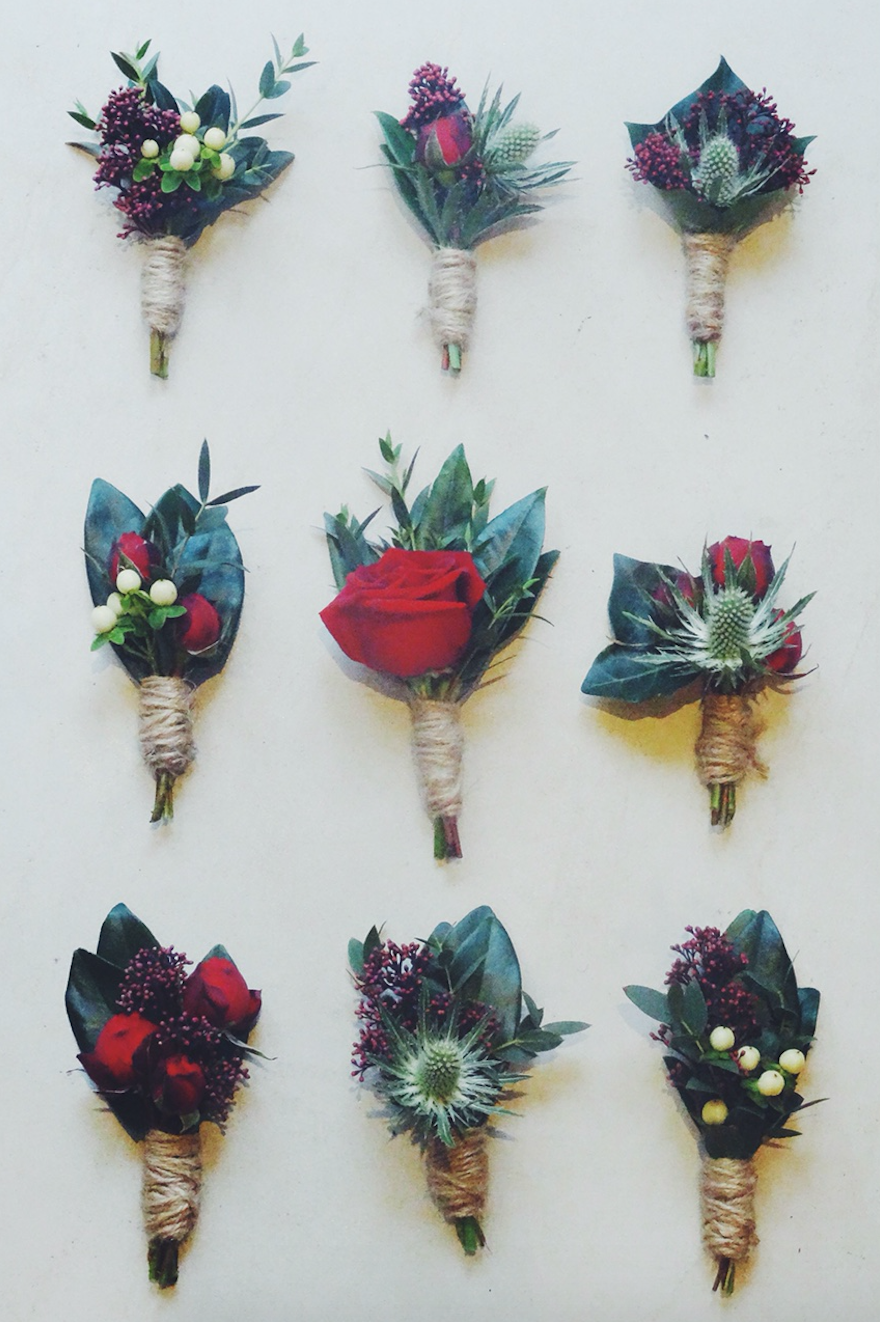 Flowers by Jennifer Pinder. Christmas wedding at the Dulwich College Old Library in London
