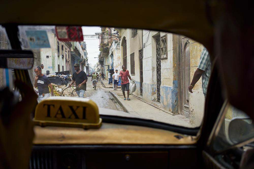09 View from cab Havana.jpg