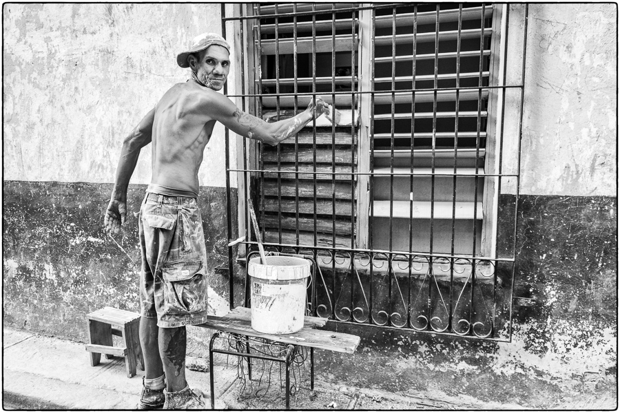 DJulian_Cuba_Havana_house painter-5696-DJedit.jpg