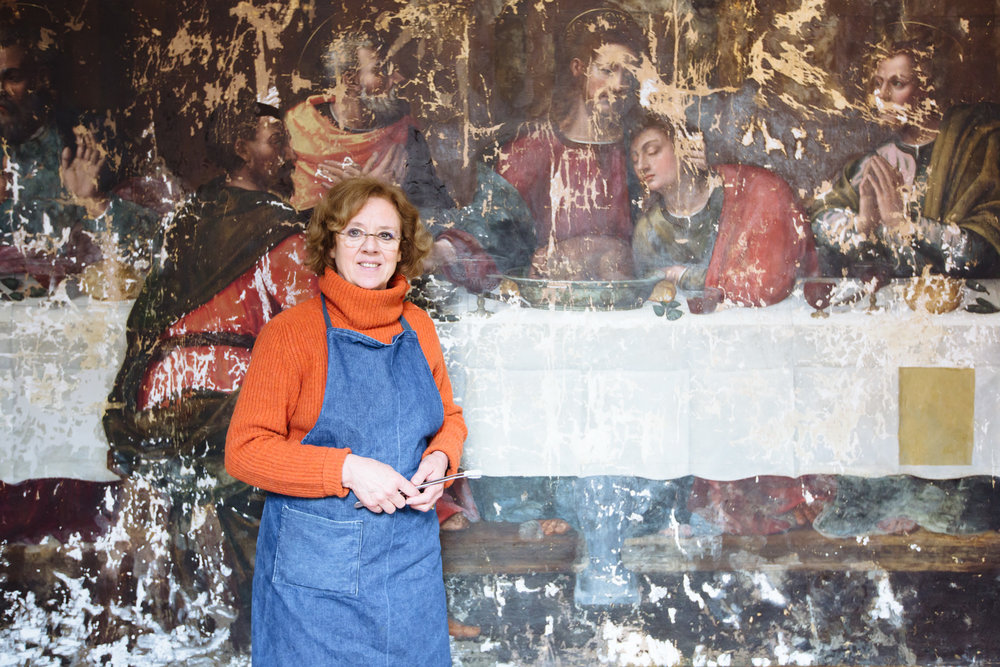 Florentine conservator Rossella Lari at the end of phase I, post stucco work